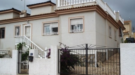 Buy Cheap Bungalow in Benimar Alicante Costa Blanca. The best oportunities