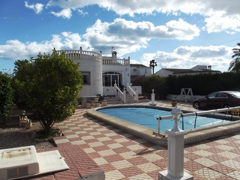 Close to Torrevieja and La Siesta, Costa Blanca, Spain, cheap Villa bargain for sale,  property for sale in San Luis.