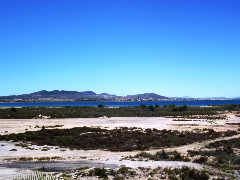 Bargain property for sale in La Manga, Mar Menor cheap, close to Cartagena and Murcia, Spain