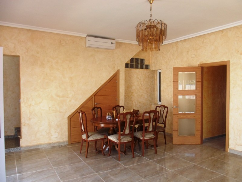 Costa Blanca, Spain, cheap, bargain property for sale close to Torrevieja and La Siesta in Torreta Florida