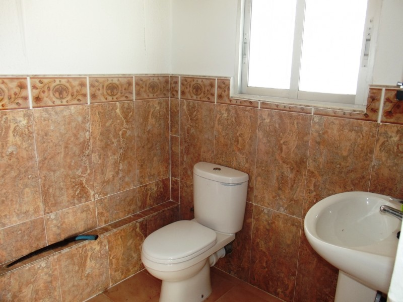 Close to La Siesta and Torrevieja, Costa Blanca, Spain, cheap, bargain property in Torreta Florida for sale