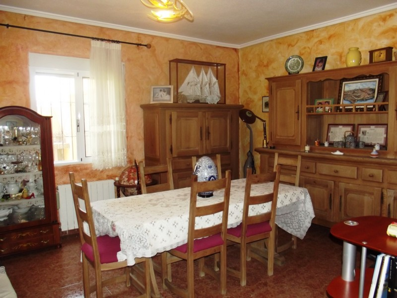 Costa Blanca, Spain, in Torreta Florida, cheap, bargain property for sale close to La Siesta and Torrevieja