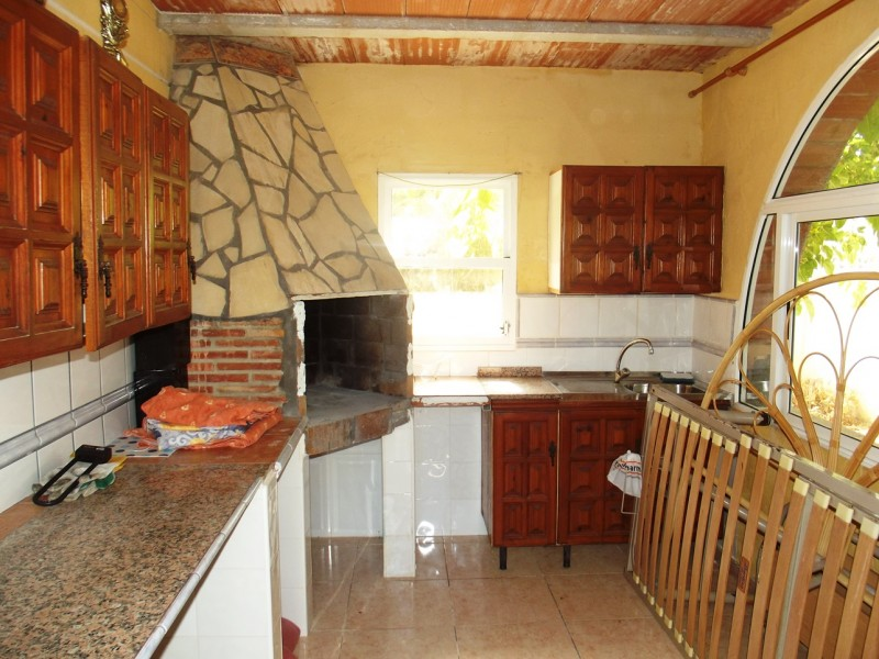 For sale close to Torrevieja and La Siesta, Costa Blanca, Spain, cheap, bargain property in Torreta Florida