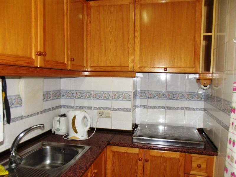 Apartment to rent long term Torrevieja close to beach and marina