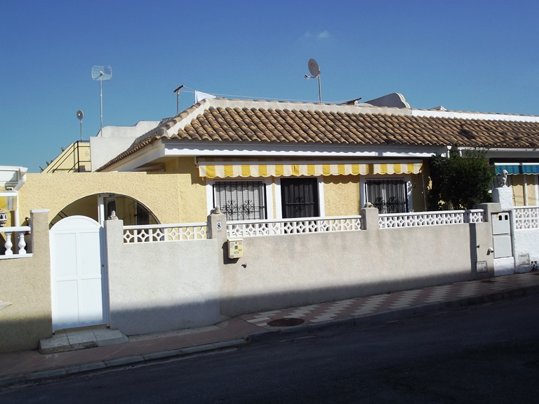 San Luis cheap bargain property for sale near Torrevieja