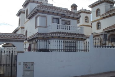 Villa for sale - Property for sale - Torrevieja - La Mata