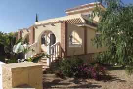 Villa for sale - New Property for sale - Balsicas - Sierra Golf