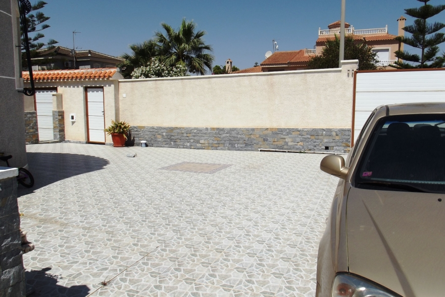Property Sold - Villa for sale - Torrevieja - El Chaparral