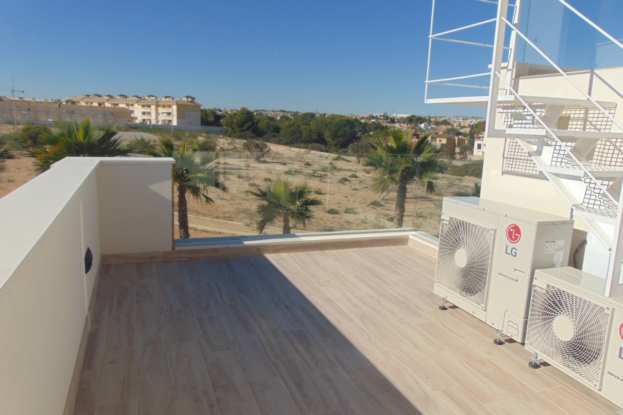New Property for sale - Villa for sale - Orihuela Costa - Cabo Roig