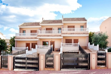 Townhouse for sale - New Property for sale - Torrevieja - Los Balcones
